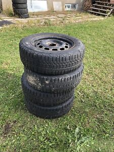 Winter tires 195/65/15 with rims