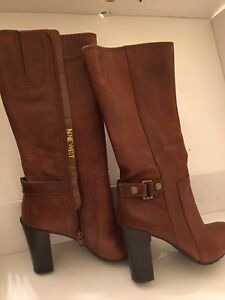 Nine West size 5 black and brown new