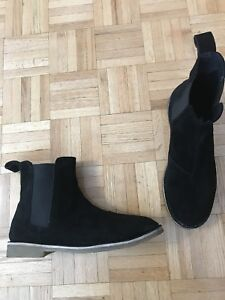 Chelsea Boots size 44 (11-11.5)