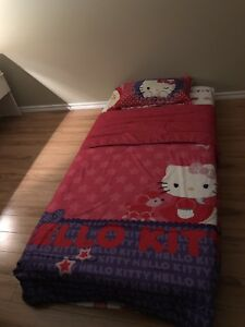 2 ensemble complet Hello kitty !!!!