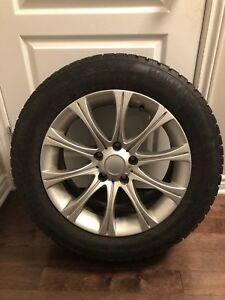 P225 60R17 Nokian Runflat Hakapelita 7 Winter Tires on Rims