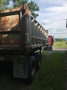 Semi trailer RoadW