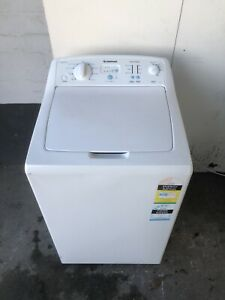 Simpson 5.5 kg top load washing machine.CAN DELIVER