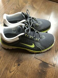 Nike sneakers men's size 8