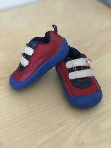 Baby Shoes - BRAND NEW (Size 3.5 US)