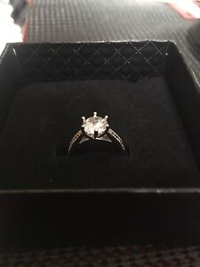 Engagement / Promise Ring