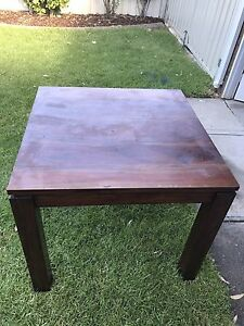 Free dining table Puckapunyal Mitchell Area Preview