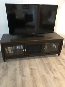 Samsung 50' tv and tv stand