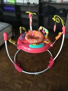 Exerciseurs bebe fisher price