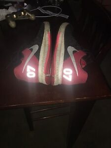 RED NIKES 07 limited edition.