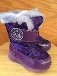Winter boots - toddler size 5