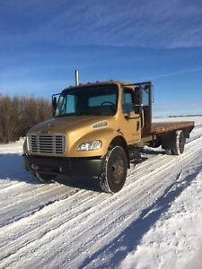 04 freightliner m2 single axle
