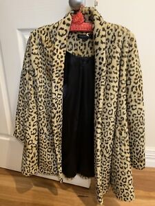 Forever New faux fur coat size 6