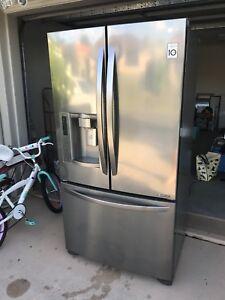 LG 613 l French door fridge
