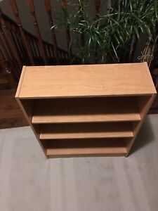 Small WoodbBookcase, 3 Shelves