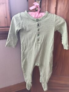 Baby Gap sleeper 6-12 months