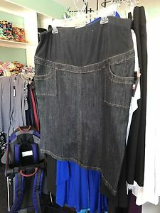New With Tags! Maternity Denim Skirt XL