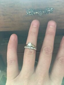 Princess Cut Solitaire Engagement Ring & Wedding Band