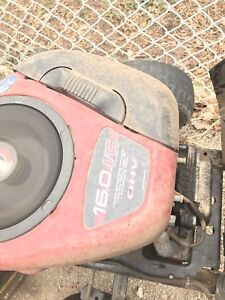 Poulan 16hp lawn tractor - 38in deck - PRICED TO SELL