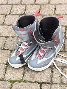 Snowboarding boots men's size 11 $25 obo