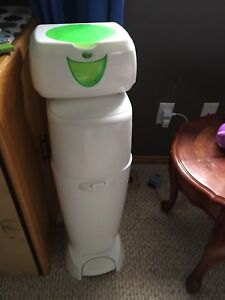 Genie diaper pail and wipes warmer