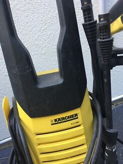 Karcher  with T300 brush attachment for cleaning decks