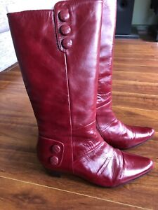 Woman's boots Mentone Kingston Area Preview