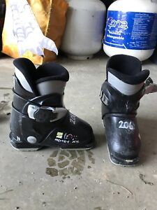 Rossignol Junior Ski boot Size 16