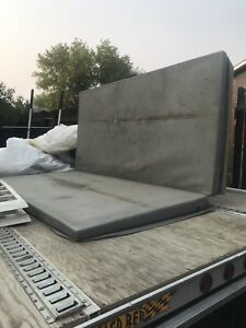 Hot tub cover (7'x7')