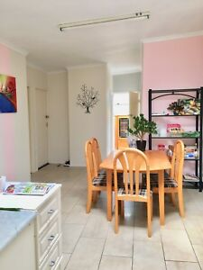 Single room for girls only in Bankstown