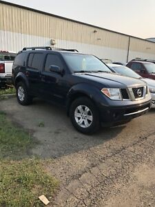 2006 Pathfinder LE *loaded & need sold*