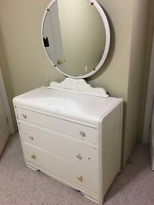 Antique Three Drawer White Dresser w/Round Mirror