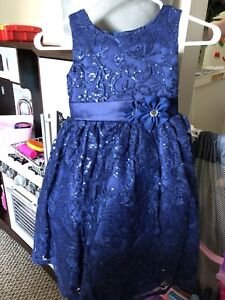 Beautiful size 4 dress