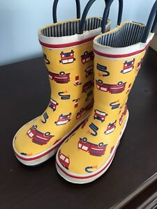 Rain Boots for Boys - size 8