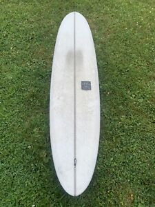 """Surfboard longboard 9'1"""" excellent condition"""