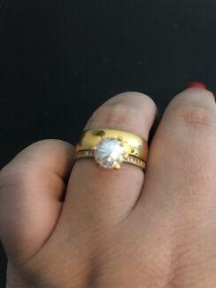 22k Gold Ring Set