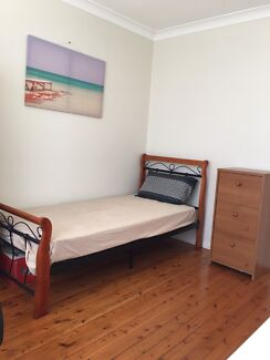 Fully furnished single room$200 including all bills