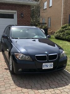 2007 BMW 328 xi. All wheel drive