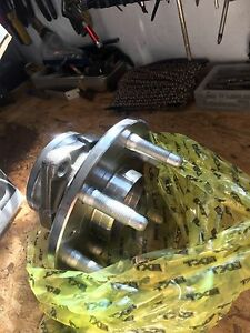 2000 gmc1500 Chevrolet wheel bearings  abs