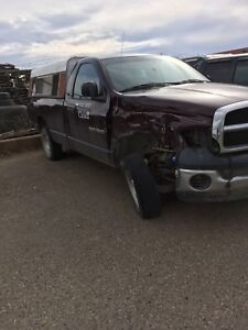 Parting out. 04 Dodge Ram 1500 2 wd