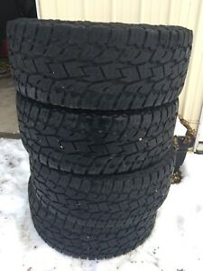 TOYO Open Country AT2 35x12.5x20