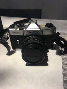 Fujica STX-1N 35 mm avec 50mm 1.9
