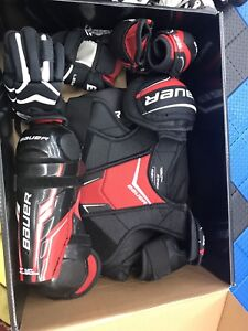 EUC Youth Bauer Legacy hockey pads