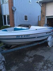 Bow Rider 16 Ft Excellent Condition