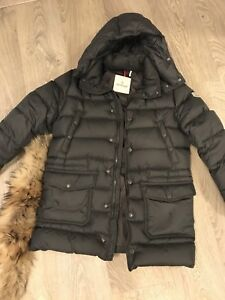 Moncler KIDS size 12. Fits womens xs