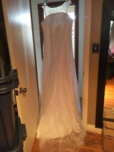 Brand new wedding dress size 22