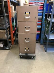 Fire proof 4 drawer file storage cabinet (no key)