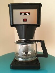 Commercial filter coffee machine a cafe BUNN BX-B ultra fast