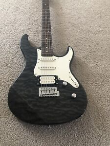 Yamaha Pacifica 112V Electric Guitar - Works Great!