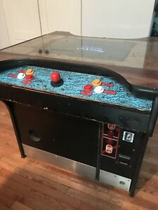 Vintage Arcade Game for sale